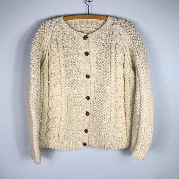 fc58649c3 Vintage Hand Knit Irish Wool Fisherman Sweater. M 5c772a7004e33d413de26bd8
